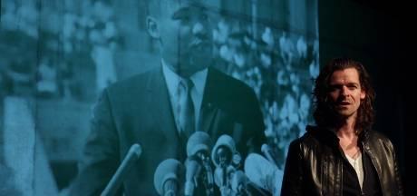 Vughtse zingende professor jaagt droom Martin Luther King jr. na; op dag inauguratie Biden brengt hij 'Hope' uit