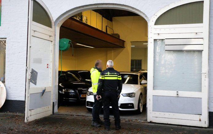 De garage in Den Bosch die door de politie is onderzocht.