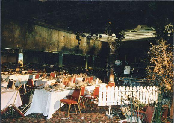 De vuurbal trok in enkele tientallen seconden een verwoestend spoor door de feestzaal, al ontsnapte een deel merkwaardig genoeg aan de vlammen. In 2004 werd het Switel afgebroken.