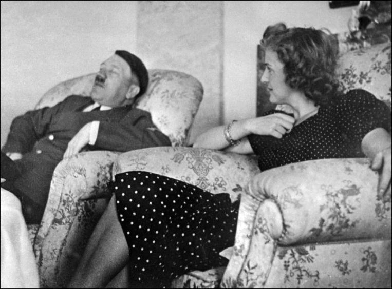 Hitler en zijn vrouw Eva Braun.