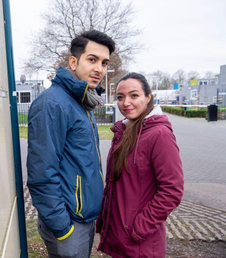 Gevluchte Parisi en Farid wachten in Hardenberg al meer dan twee jaar op leven híer: 'Terug naar Iran is ons doodvonnis'