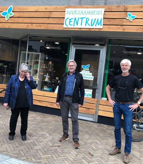 Kapotte spullen krijgen tweede leven in Duurzaamheidscentrum Hellendoorn