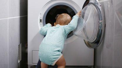 Man (22) die wasmachine opzet met baby erin krijgt drie jaar cel