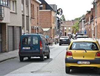 """Fietsers mogen niet meer in twee richtingen in laatste stuk Molenstraat: """"Hoek van de Spelden- en Geluwestraat is te gevaarlijk"""""""