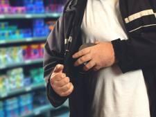 Heroïneverslaafde Ossenaar liet winkels betalen voor hun eigen, gestolen spullen