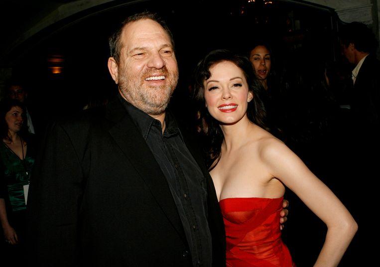 Harvey Weinstein en actrice Rose McGowan in 2007. Zij beschuldigt hem ervan haar te hebben verkracht.