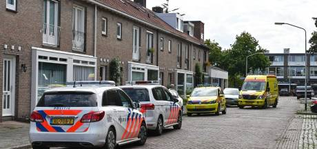 Meisje (15) doodgestoken in huis Breda, buurt huilt: 'Het was een schat van een meid'