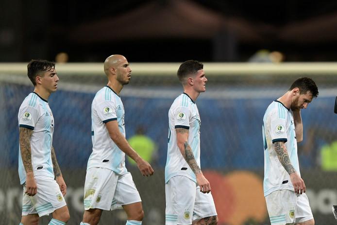 Argentinië druipt af na de nederlaag in Salvador.