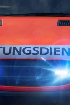 Man (75) zakt tijdens het rijden in elkaar in Nordhorn en overlijdt