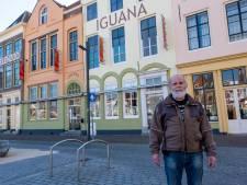 Petitie en steun van 50Plus voor 'frisse, verantwoorde' kleuren op gevel Iguana