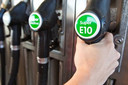 Tegenwoordig tanken we in Nederland E10-brandstof.