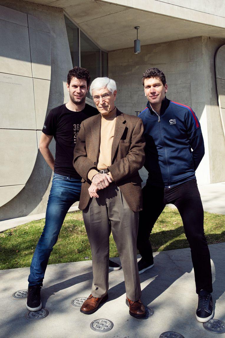 Journalist Thomas Sijtsma, Harry Davids en Ruben Sijtsma in Los Angeles. Beeld Linda Stulic
