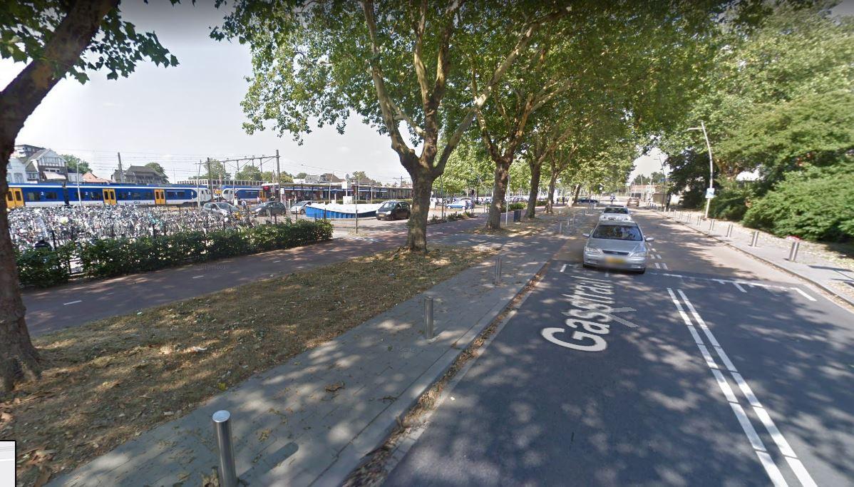 De Gasstraat in Oss wordt vrijdag en zaterdag  eenrichtingsweg voor de tientallen pendelbussen naar Volkel.