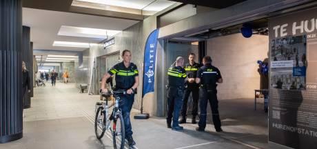 Conductrice (63) bewusteloos geslagen door zwartrijder op station Breda: 'Een zeer laffe actie'