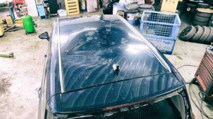 Marokkaanse man organiseert inzameling voor dame wiens auto sneuvelde tijdens rellen Brussel