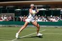 Kiki Bertens in actie op Wimbledon in juli.