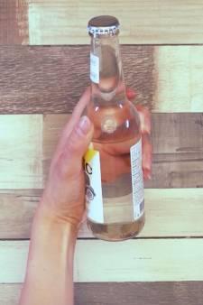 Zo open je je flesje in geval van nood