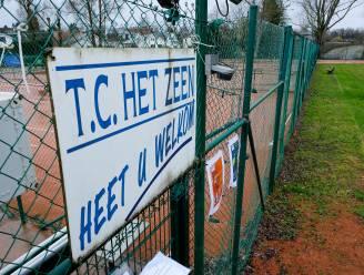 """TC Het Zeen offert tennisveld op voor twee padelterreinen: """"Deze sport is niet zomaar een hype"""""""