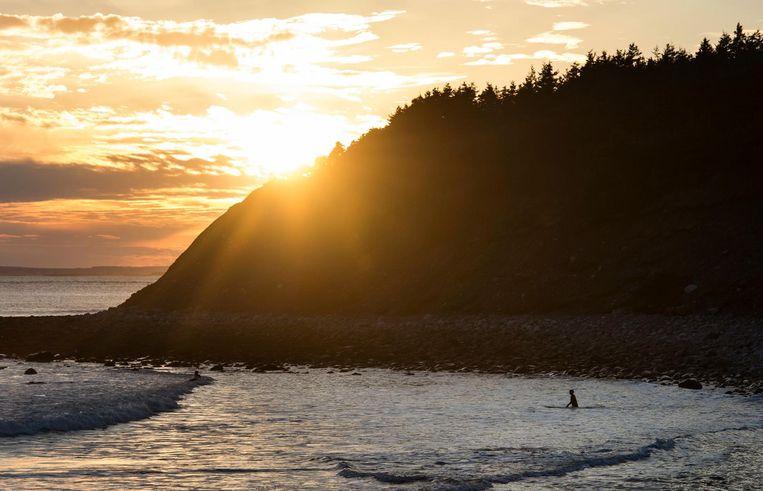 Strand op Nova Scotia Beeld ap