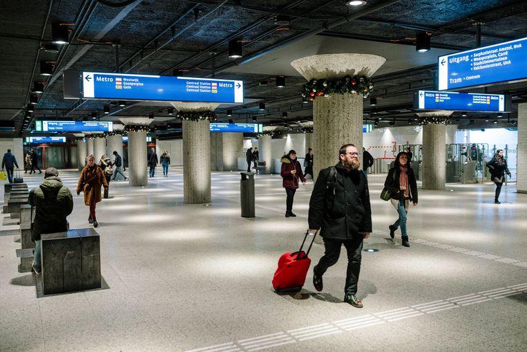 Metrostation Weesperplein. Beeld Marc Driessen