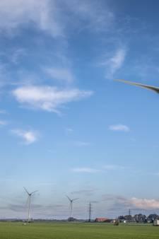 Buurtschap Tolhuislanden in Zwolle zet deur open voor windmolens en zonne-energie