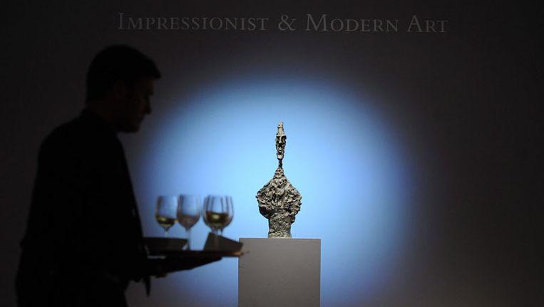Het kunstwerk 'Bust De Diego' gemaakt door Alberto Giacometti. Beeld EPA