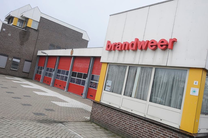 De brandweer en politie van Uden verhuizen op termijn van de Leeuweriksweg naar de Hockeyweg, op de plek waar nu tennishal De Schaapskooi staat.