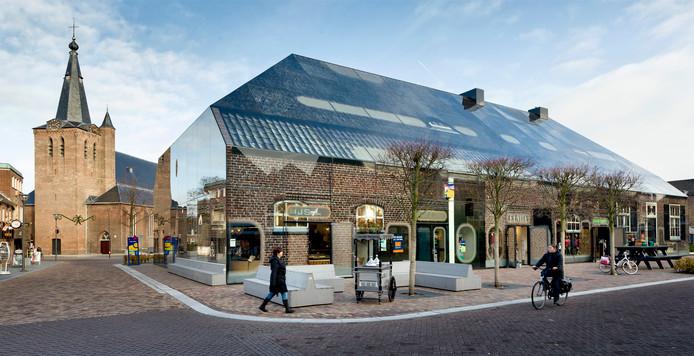De Glazen Boerderij in Schijndel is ontworpen door oud-Schijndelaar Winy Maas.