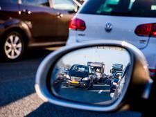 Ongeluk met vier auto's op A2 bij Waardenburg; file opgelost
