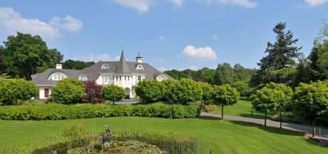 Deze sprookjesachtige 'Disneyvilla' in Gelderland is verkocht voor ruim 2 miljoen euro