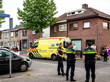 Automobilist met hennep op achterbank rijdt kind aan en vlucht voor politie