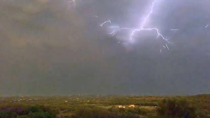 Spectaculaire bliksemflitsen gefilmd in Texas