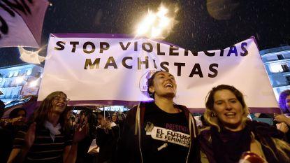 Duizenden vrouwen protesteren in Madrid tegen huiselijk geweld