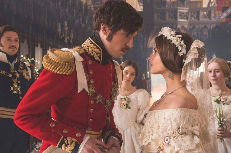 Tom Hughes als prins Albert in 'Victoria'.