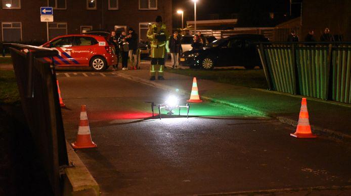 De brandweer zette een drone in bij een zoektocht naar een vermiste man maar de eerste drone stortte neer.