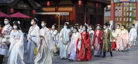 Chinese ambassadeur: 'Eerste vaccins getest op vrijwilligers, dat is het beste nieuws'