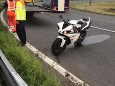 Capelse motorrijder zoekt automobilist die hem van A29 reed