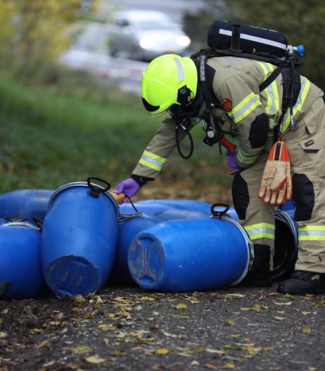Voor vijfde maal in een maand vaten met mogelijk drugsafval gedumpt in Arnhem