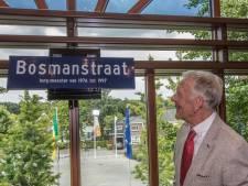 Oud-burgemeester Henk Bosman van Heeze onthult eigen straatnaambord