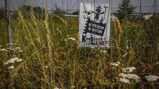 """Une """"action de non-violence active"""" face au chantier de la prison de Haren"""