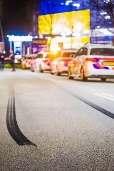 Politie stopt drukbezochte automeetings in Den Bosch en Son