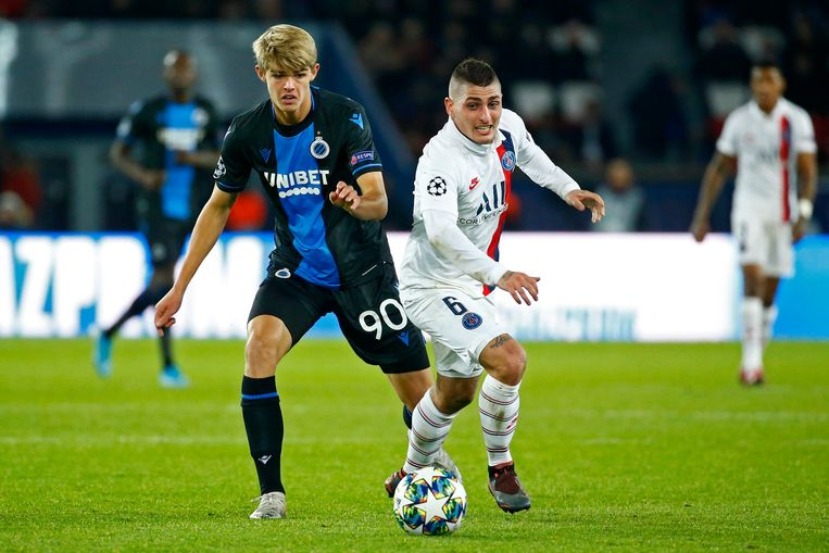 PARIS, FRANCE - NOVEMBER 6 :  Charles De Ketelaere midfielder of Club Brugge and Marco Verratti midfielder of PSG  during the UEFA Champions League group A match between Paris Saint Germain and Club Brugge KV on November 06, 2019 in Paris, France, 6/11/2019 ( Photo by Jimmy Bolcina / Photonews
