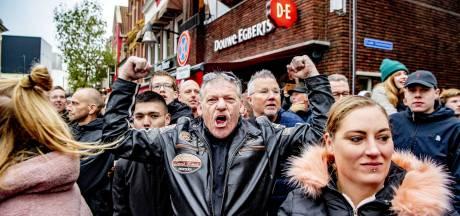 Zo verliepen de demonstraties rond de intocht: 'Laat je land maar in de steek!'