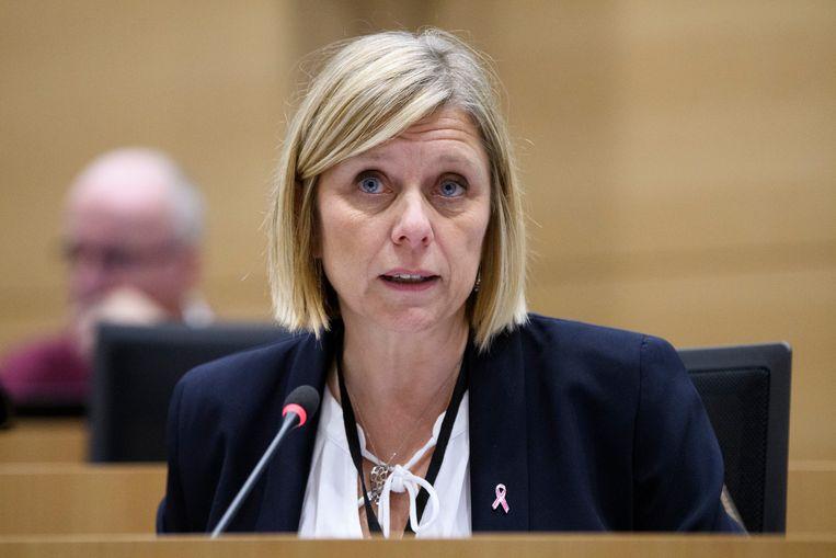 PS-Kamerlid Eliane Tillieux wil dat nog voor Internationale Vrouwendag op 8 maart over het wetsvoorstel wordt gestemd.