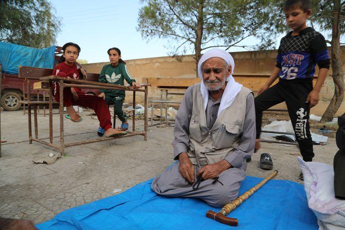 Gevluchte Koerdische familie uit Ras al-Ain.