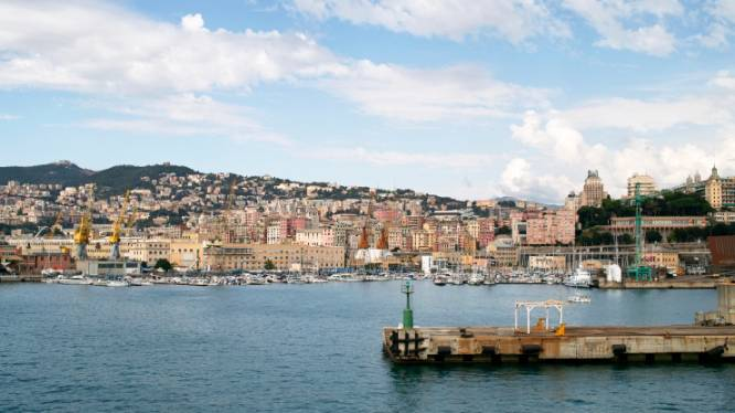 Italiaanse politie neemt cocaïne met straatwaarde van 100 miljoen euro en 950.000 euro cash geld in beslag