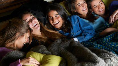 Movienight! 6 filmtoppers op tv deze maand én het perfecte dekentje voor erbij