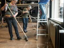 Cafés zijn toe aan een heel, héél grote schoonmaakbeurt na carnaval