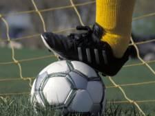 Voetbalsters Hontenisse lijden kostbare nederlaag in Nijmegen