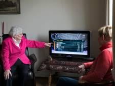 Oma Smeekens (93) is sowieso trots op Jan